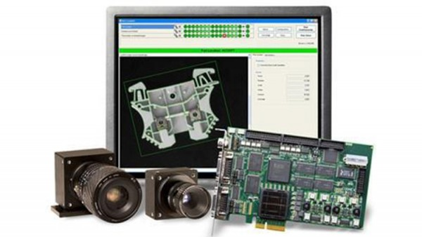 工厂如何使用自动光学视觉检测机检查产品缺陷