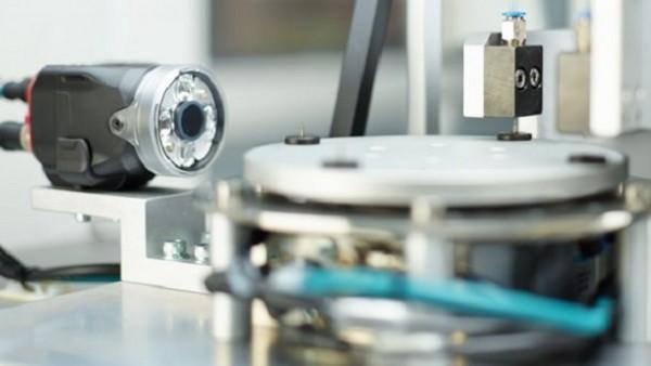 基于PC的机器视觉系统是怎么样布局的?