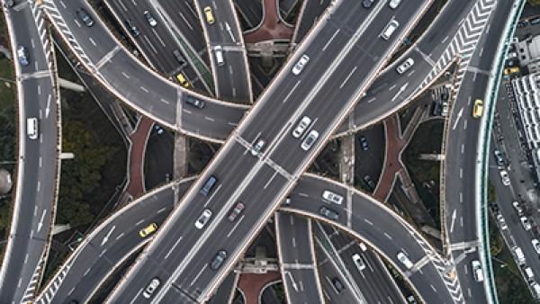 利用无人机和嵌入式视觉进行道路检测