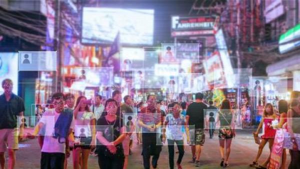 行动中的计算机视觉与机器视觉智能工厂