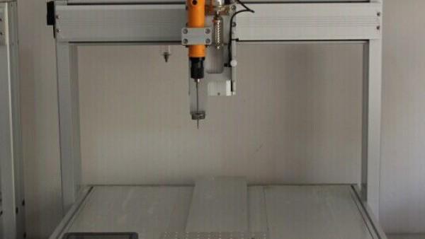 自动锁螺丝机多少钱一台?锁螺丝机报价需要提供哪些材料?